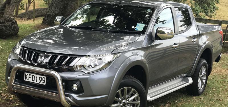 Mitsubishi Triton VRX 2WD