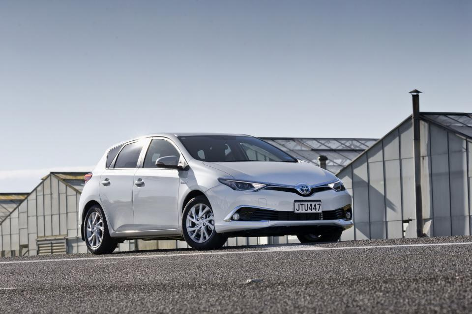 Airbag sensor recall for Toyota and Lexus models